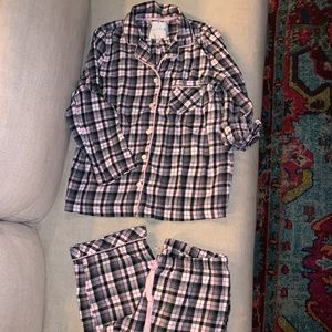 Like new Victoria's Secret plaid flannel PJ set